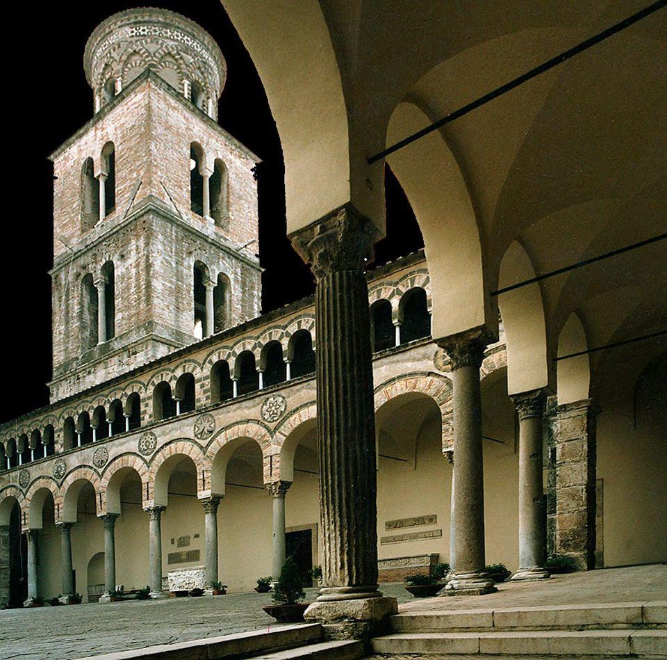 cattedrale san matteo 12 atrio