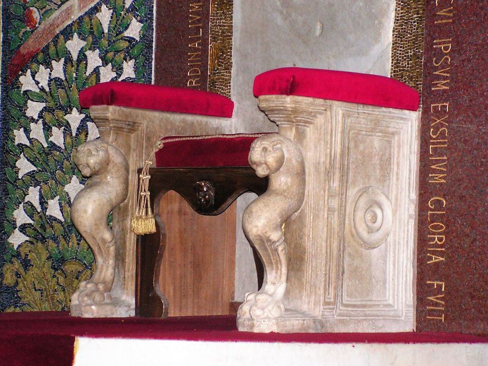 cattedrale san matteo 38 cattedra di Gregorio VII