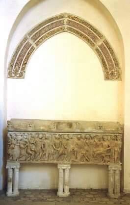 cattedrale san matteo 46 Sarcofago romano Trionfo di Bacco e Arco musivo