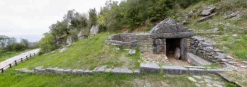 necropoli Roccagloriosa foto 1
