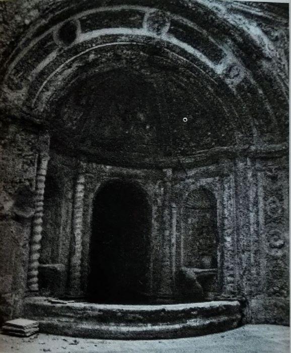 fontana palazzo martuscelli 3