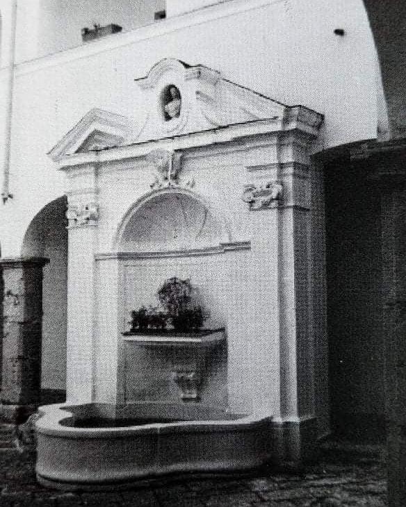 fontana conservatorio ave gratia plena