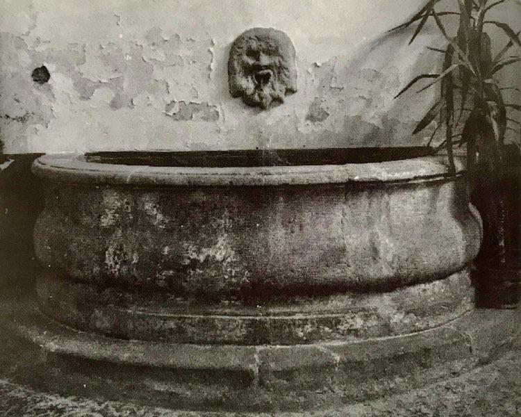 fontana largo abate conforti
